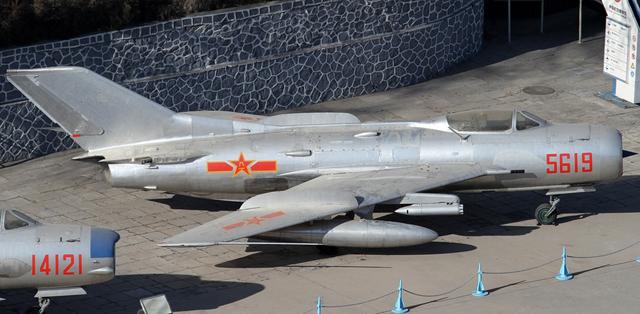 J6(젠6)전투기