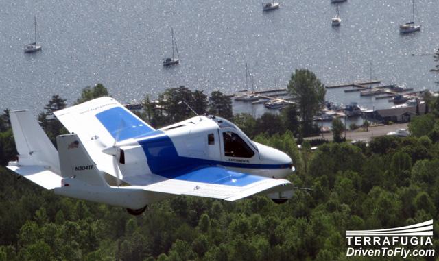 terrafugia flying car 01