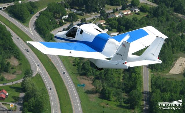 terrafugia flying car 02
