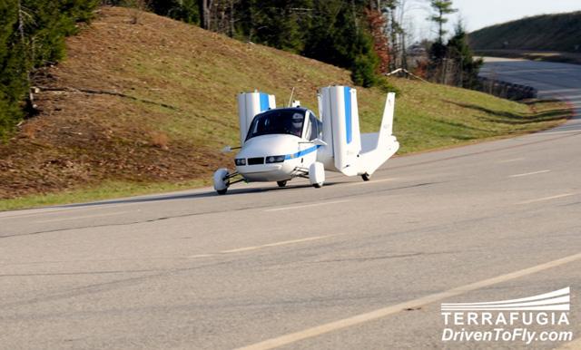 terrafugia flying car 07